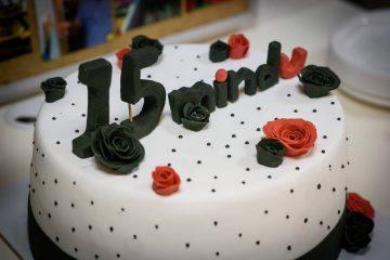 חוגגים יום הולדת 15